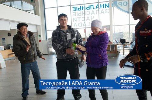 презентация LADA Granta в ТЕРМИНАЛ МОТОРС г.БийскСкоростное фото от студии SINTES.TV 8-903-948-89-20