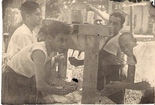 Умывальник в общежитии САХИПИ(?),Ташкент,17.09.1930.
