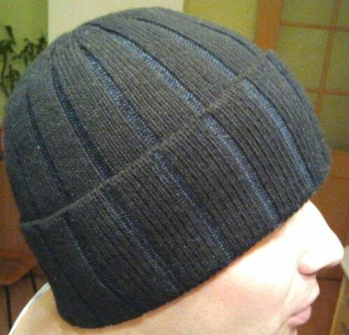 Мужская шапка из итальянской
