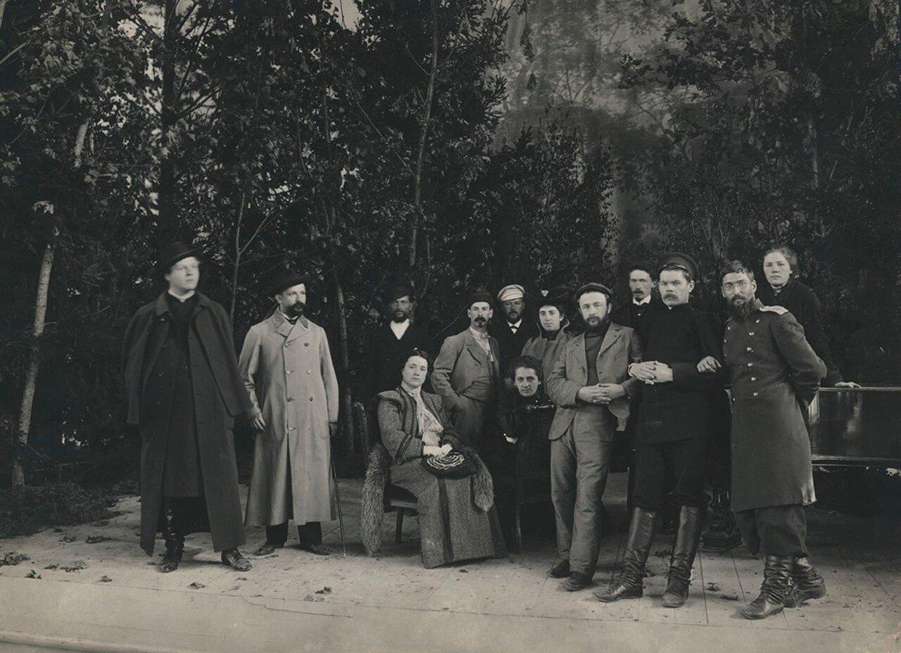 А.М. Горький на сцене Народного дома 1903 г.