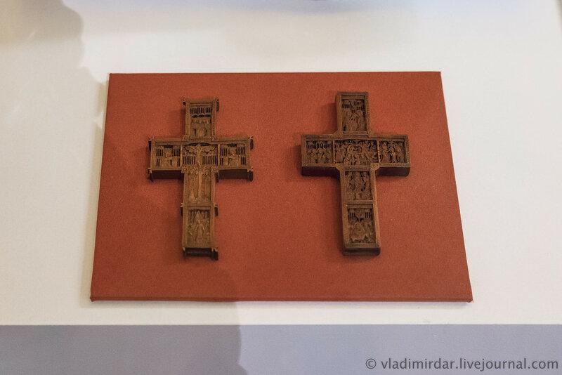 Кресты с изображениями праздников. Афон. Начало XVIII века.