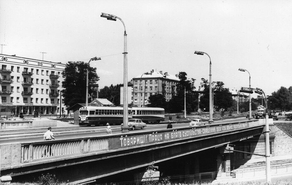 1964.07.11. Путепровод над Брест-Литовским проспектом. Фото: Шамшин К.