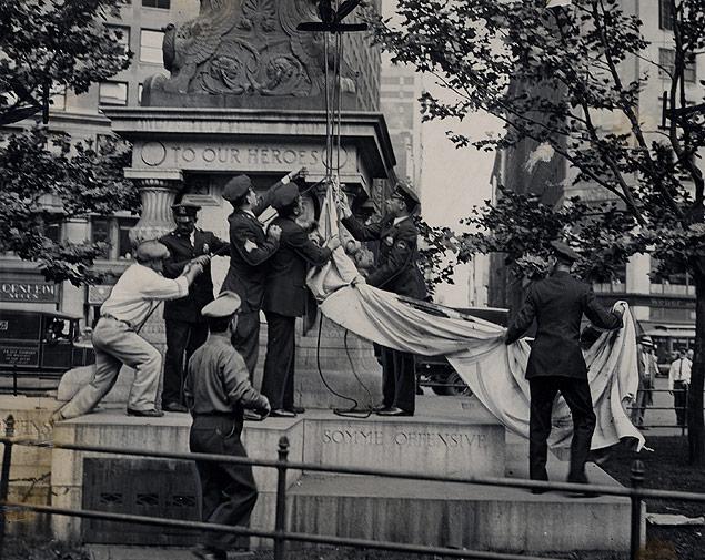 Flag Day Communist flag Madison Square 1934