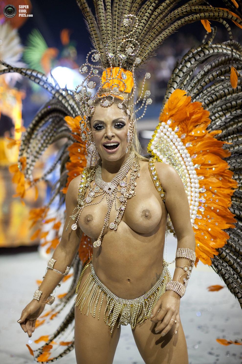 Смотреть фото голых бразильских девушек 16 фотография