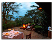 Кения. Озеро Накуру. Sarova Lion Hill Game Lodge. Suite-dining
