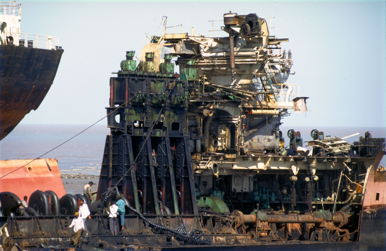 Alang beach scrap yard  India (1997)