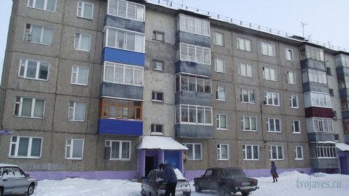 Фотография Инты №3509  Левая часть восточной стороны Морозова 10 10.02.2013_12:07