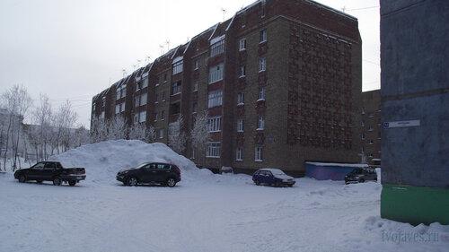 Фото города Инта №3513  Северо-восточный угол Морозова 8 10.02.2013_12:07