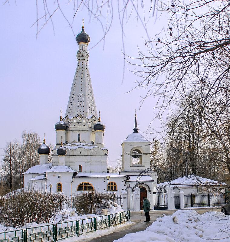 Церковь Покрова Пресвятой Богородицы в Медведкове.