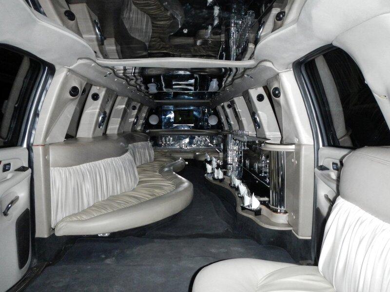 внутри лимузина