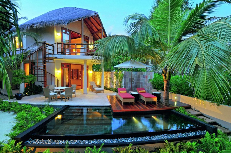 300000 рублей за сутки в отеле на Мальдивах