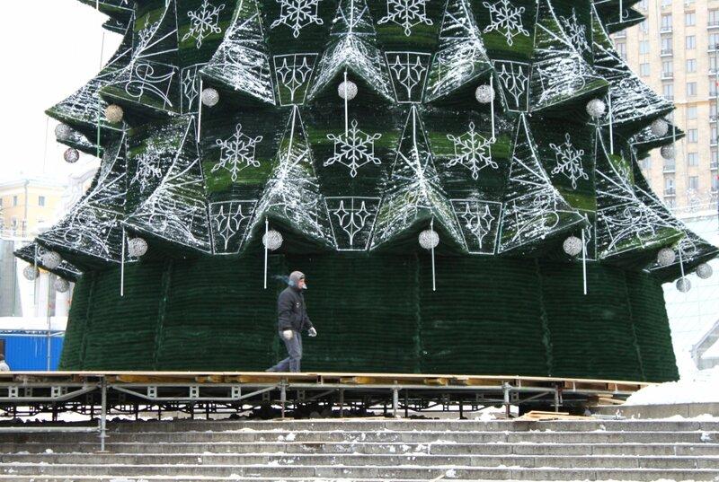 Основание главной елки Киева 2013
