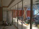 Стеклянные перегородки, gymboree москва, детский сад, джимбори, интерьер, освещение в детских учреждениях