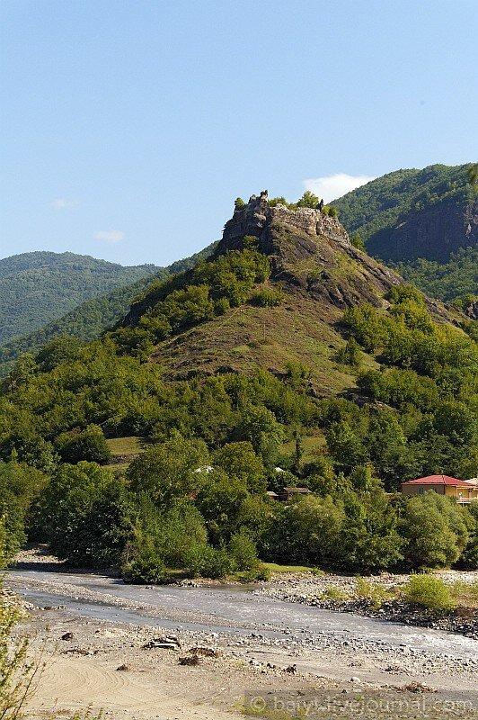 Крепость Миндацихе возле Цеси, где провела детство царица Тамар