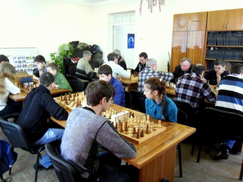 Шахматный турнир в редакции, газета