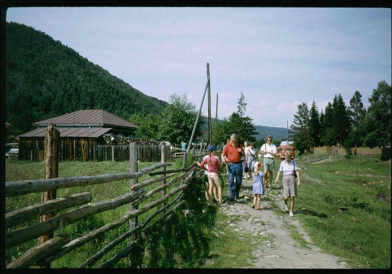 165.  Село Николы на Байкале
