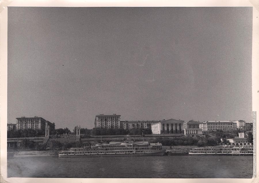 фотография 1965 года Волгоград Вид на набережную с Волги