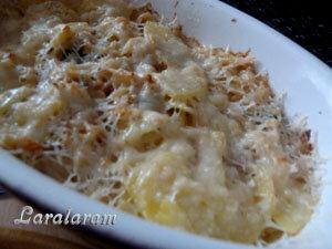 Картофельный гратен по рецепту Джейми Оливер готов