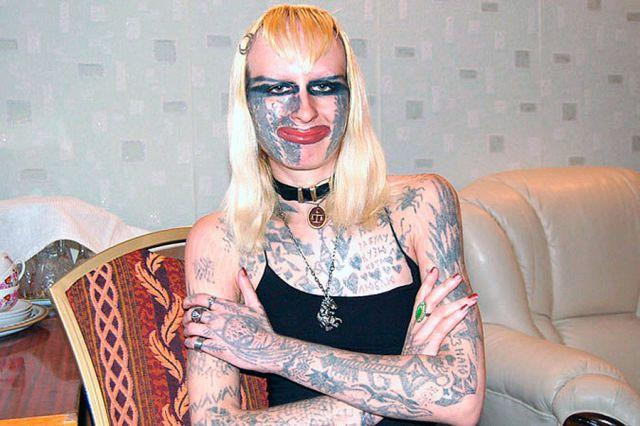 Девушка в татуировках фото 42-0