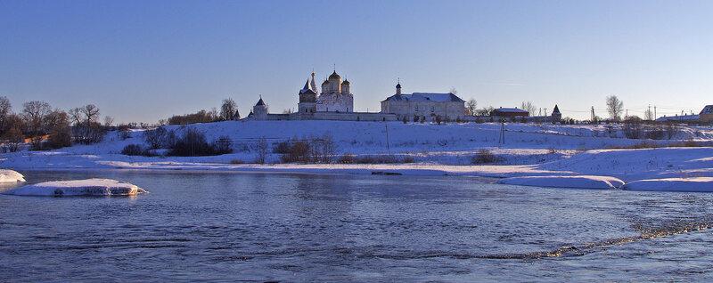 Лужецкий монастырь