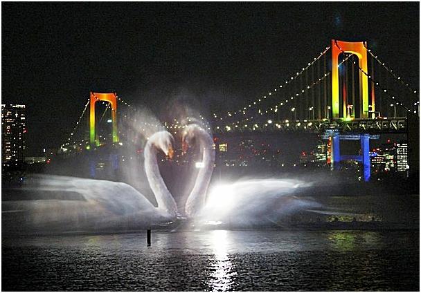 Япония. Танцующие в темноте