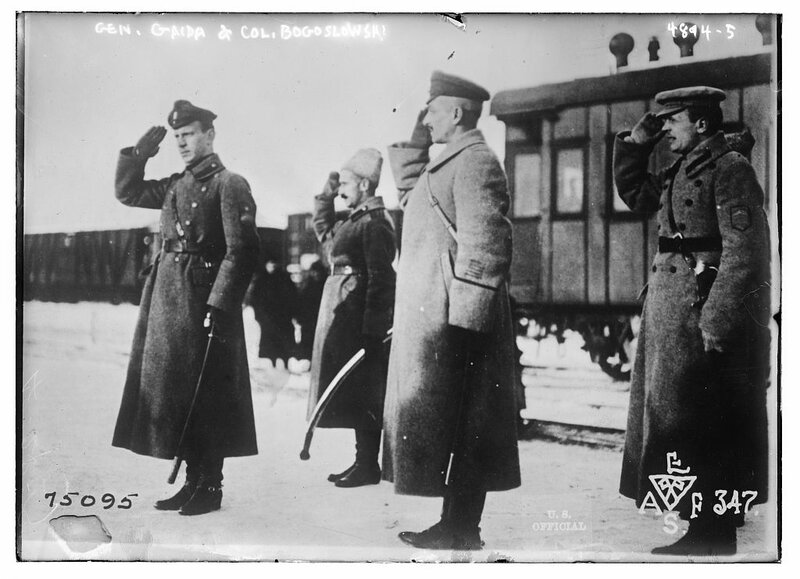Gen. Gaida & Col. Bogoslowski.