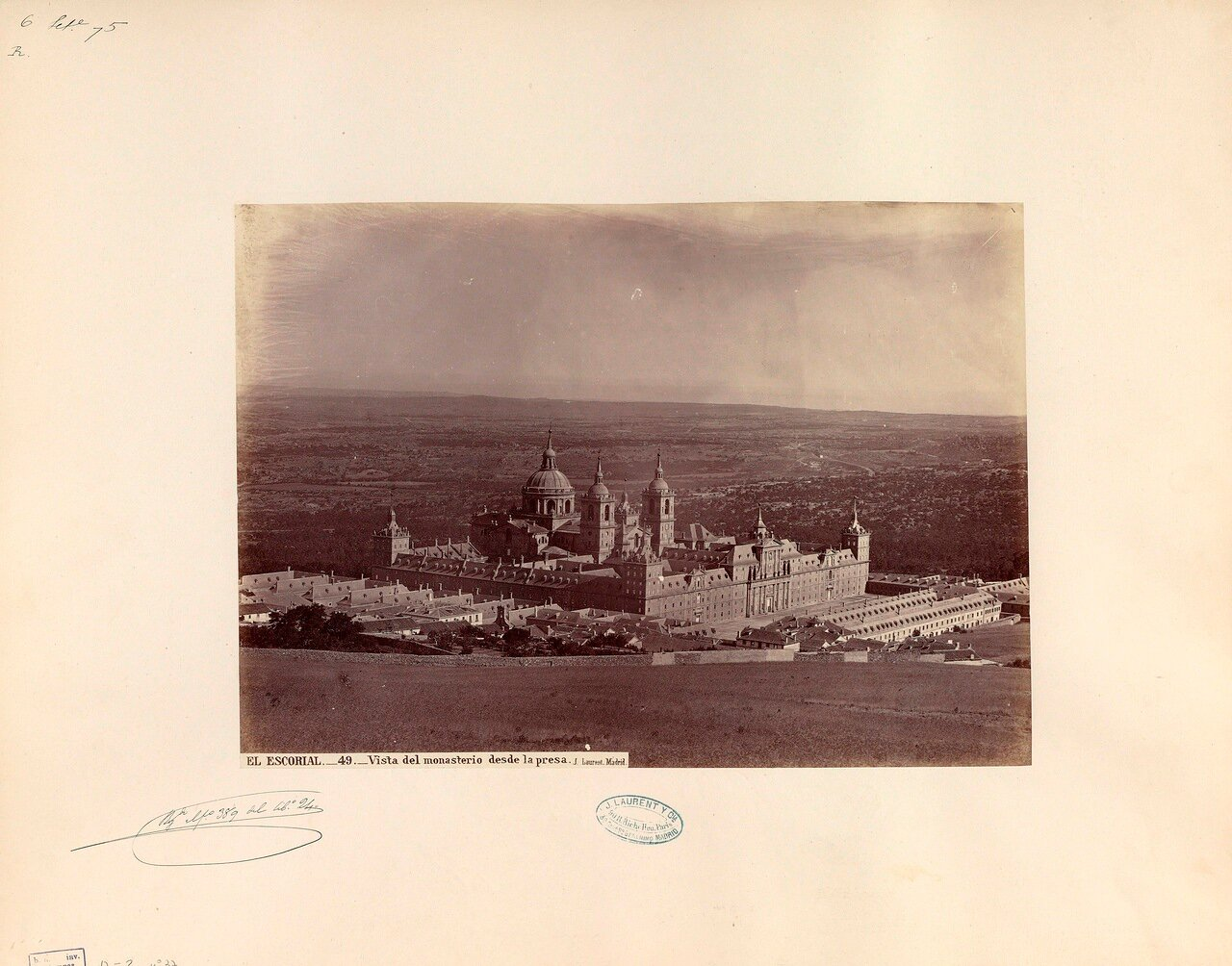 Панорама монастыря Эскориал.