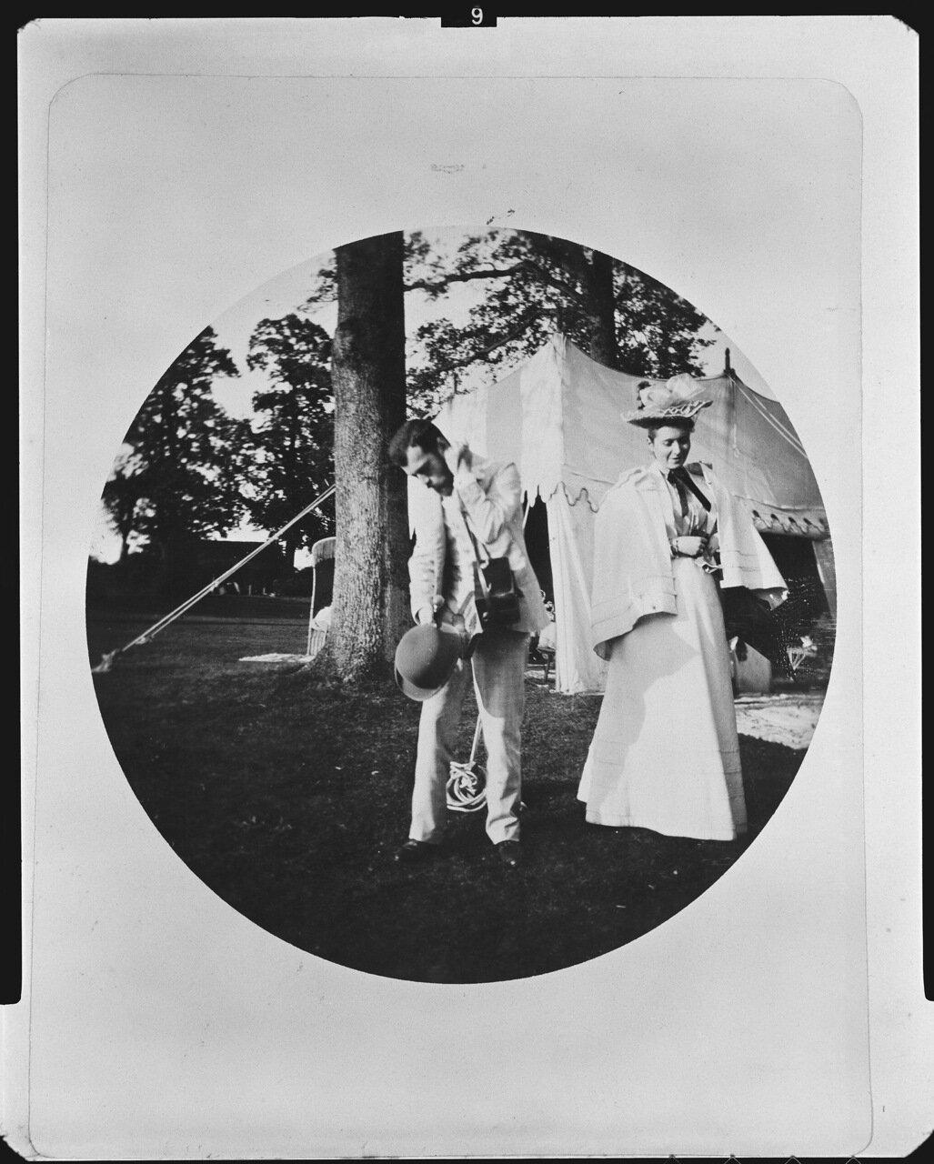 Цесаревич Николай Александрович и принцесса Алиса Гессенская (будущая Александра Федоровна), 1894 г.
