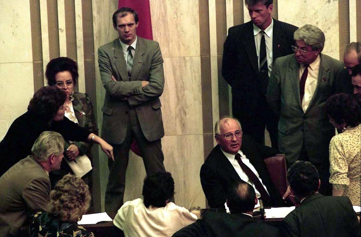 Прессконференция президента Михаила Горбачева сразу после его возвращения из Фароса
