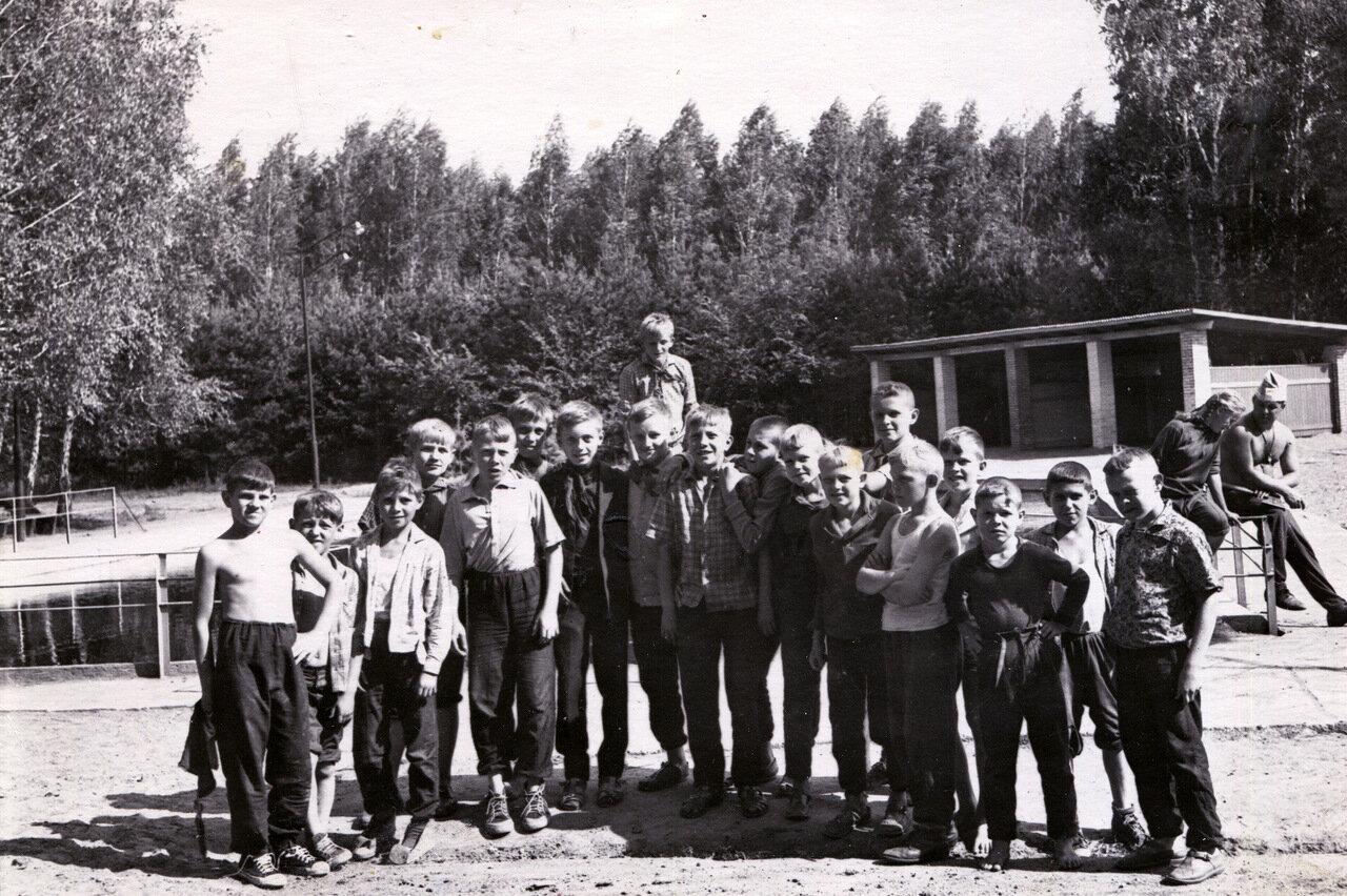 1966. Омская обл. Пионерлагерь Березка