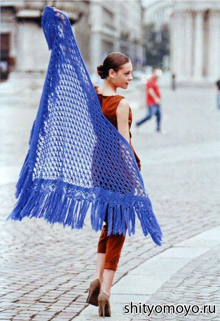 Голубая шаль, связанная