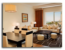 ОАЭ. Дубаи. UAE. Grosvenor House, Dubai. Tower 2 Apartment - Living and Dining Rooms