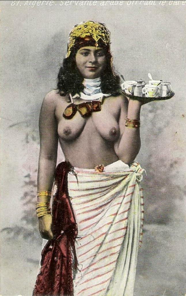 Знакомство эротика арабы женщине пьяными дамочками бальзаковского