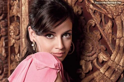 Дия Мирза (Diya Mirza) фото в журнале Verve Индия, октябрь 2009