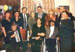 На открытии постояной экспозиции картин Л.Юдникова в ДМШ № 3 Молочное октябрь 2004 г..JPG
