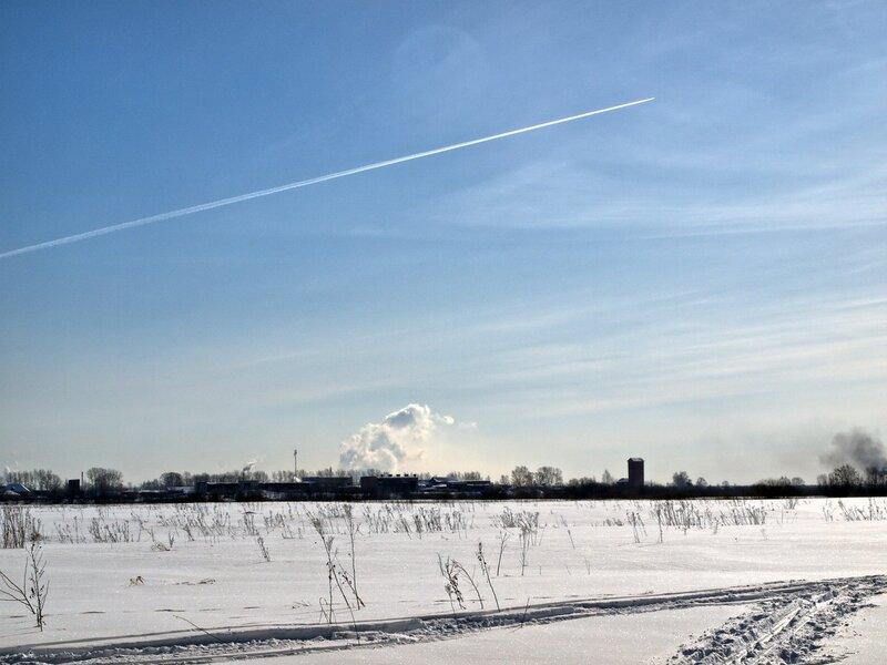 Снег, небо и самолёт