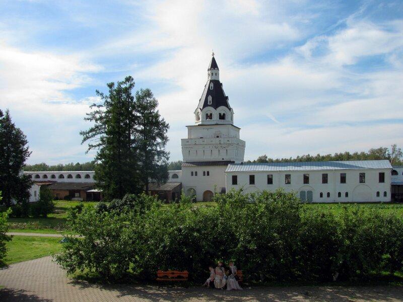Иосифо-Волоцкий монастырь.