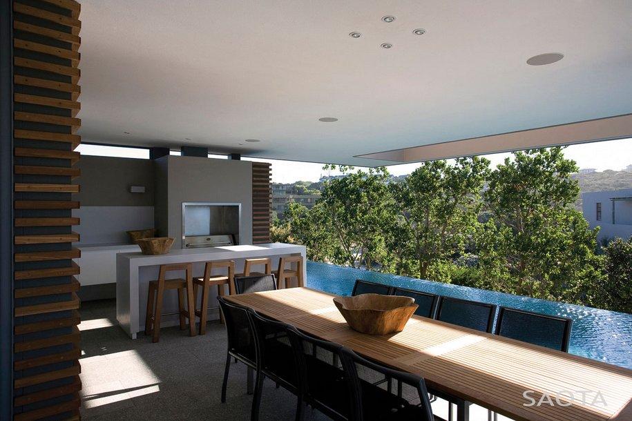 Трехэтажный особняк в Плеттенберг-Бей от SAOTA