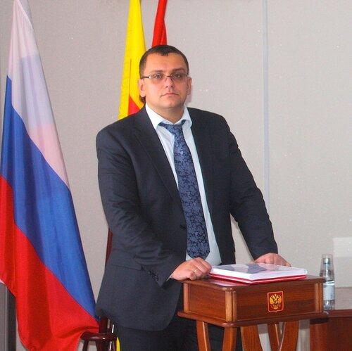 Глава администрации района В. В. Елиферов