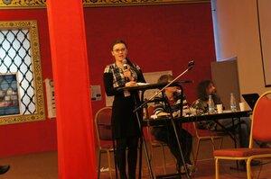 Олеся Шоева обращает внимание на фиолетовую пшеницу