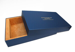 Фирменные коробки