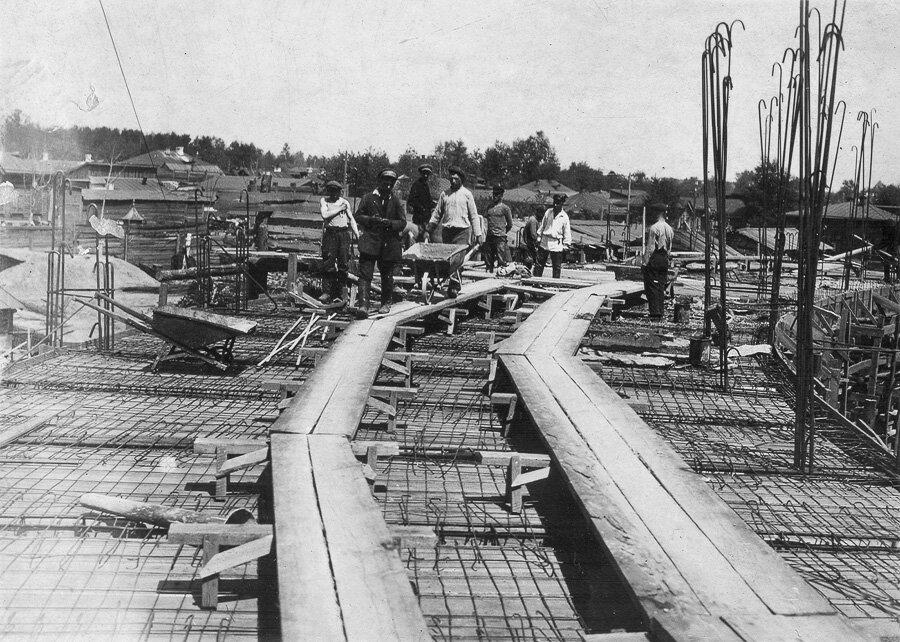 13 июня 1932 года. Бетонировка 1 этажа