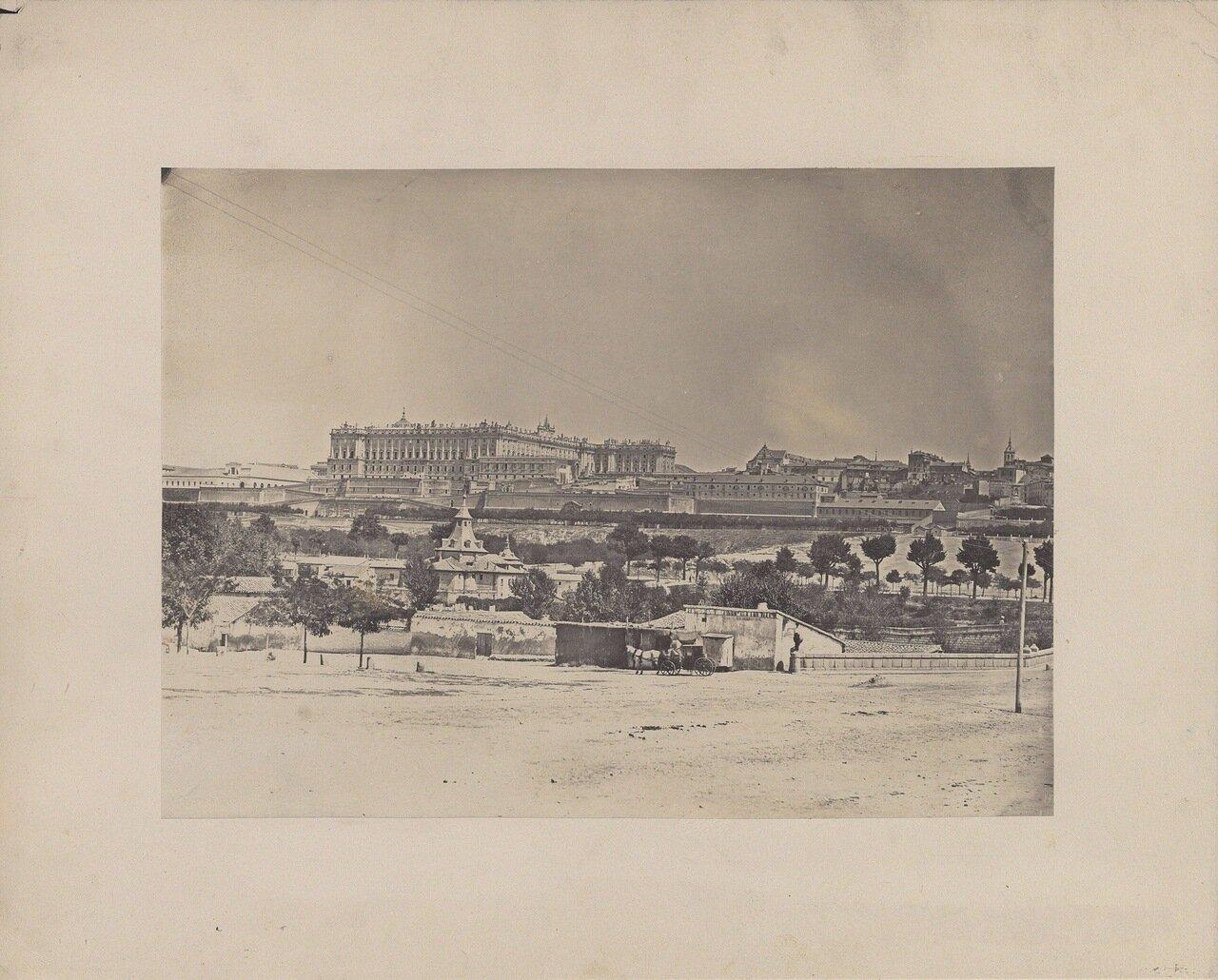 Вирхен-дель-Пуэрто и Королевский дворец на заднем плане. Мадрид