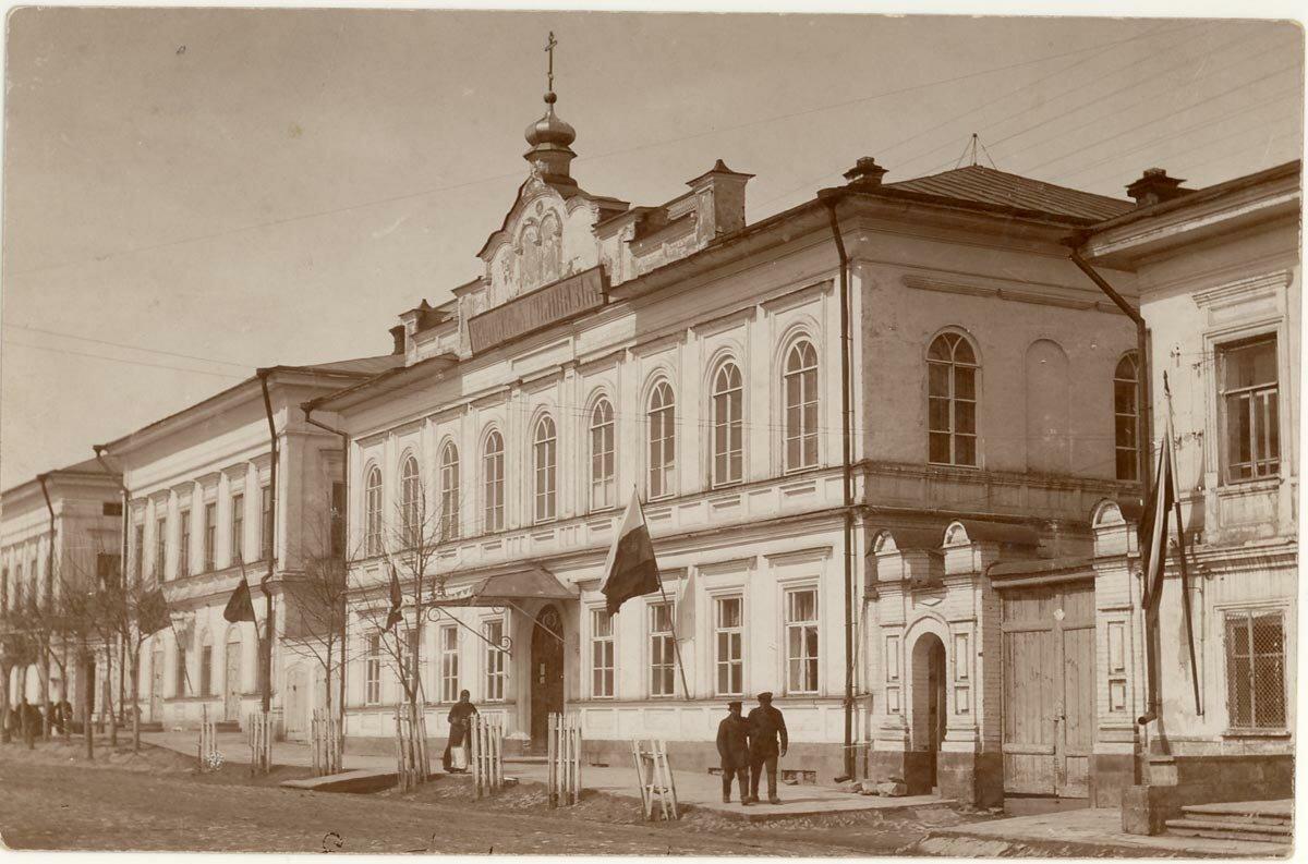 Елабужская женская гимназия.