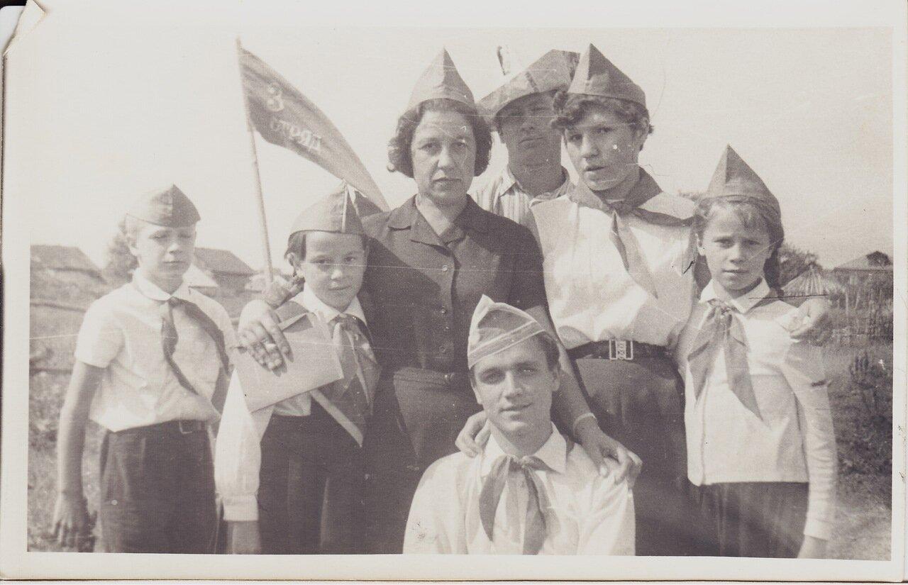 1969. лагерь и сейчас функционирует, располагается южнее Нижнего Новгорода, на 53-м километре по Арзамасской трассе