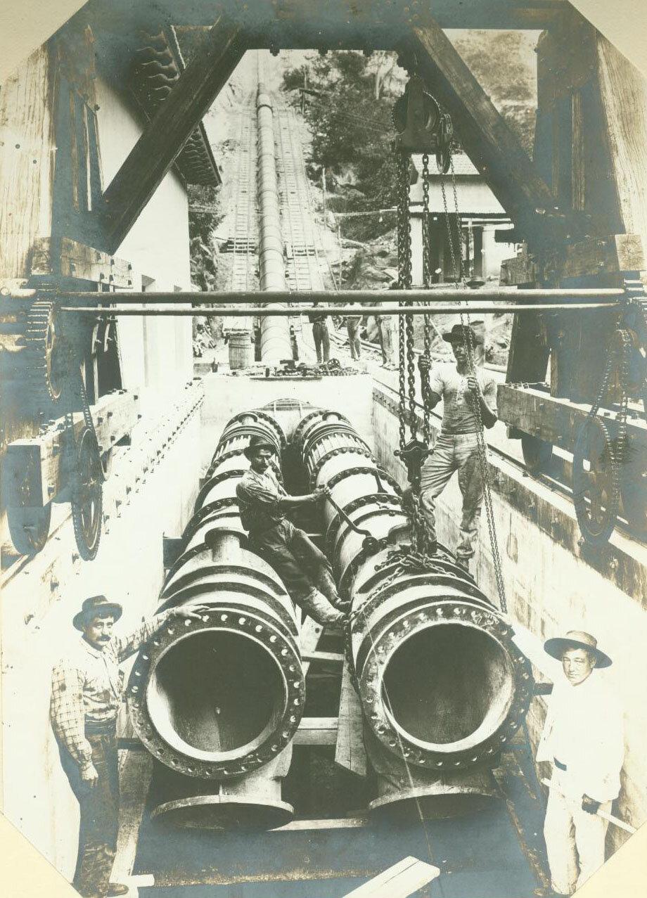 Работники шахты позируют на камеру, ок. 1893 года