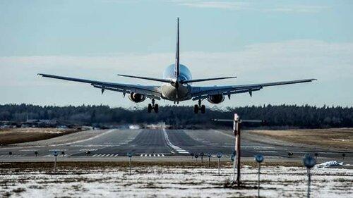 В контейнере самолета, прибывшего в Стокгольм, нашли беженца