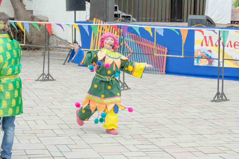 В парке дворца культуры «Аркадия» прошёл праздник «Астраханская масленица»