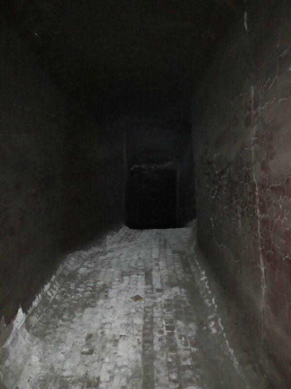 Подземка и коммуна 007.JPG