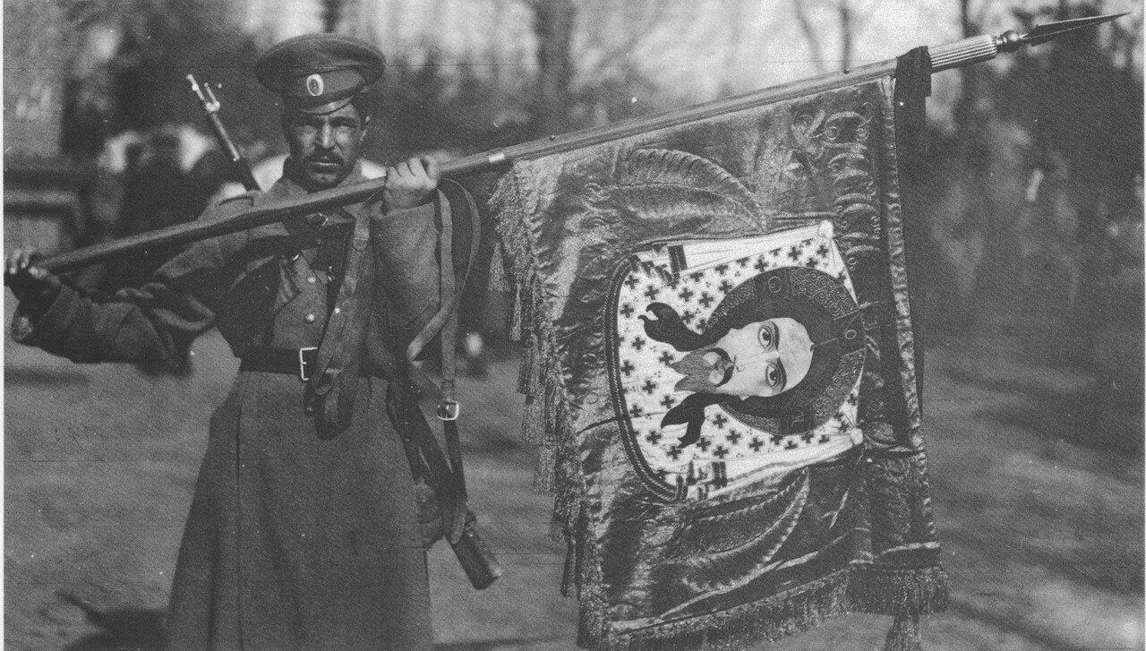 Личный значок генерала Ф.А. Келлера, преподнесенный чинами 10-й кавалерийской дивизии своему бывшему начальнику